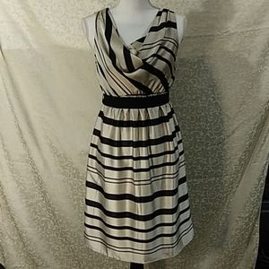 Motherhood maternity black and white dress size S